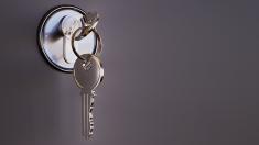 Biura nieruchomości pomagają przy zakupie mieszkania